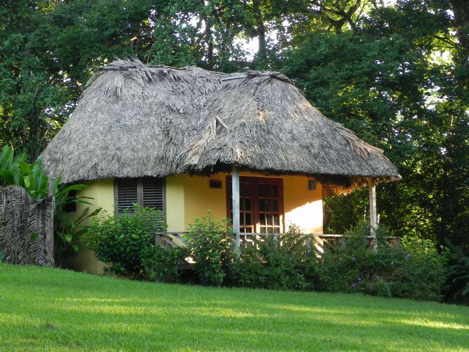 The Lodge at Big Falls | Cabana | © Karibik Inside