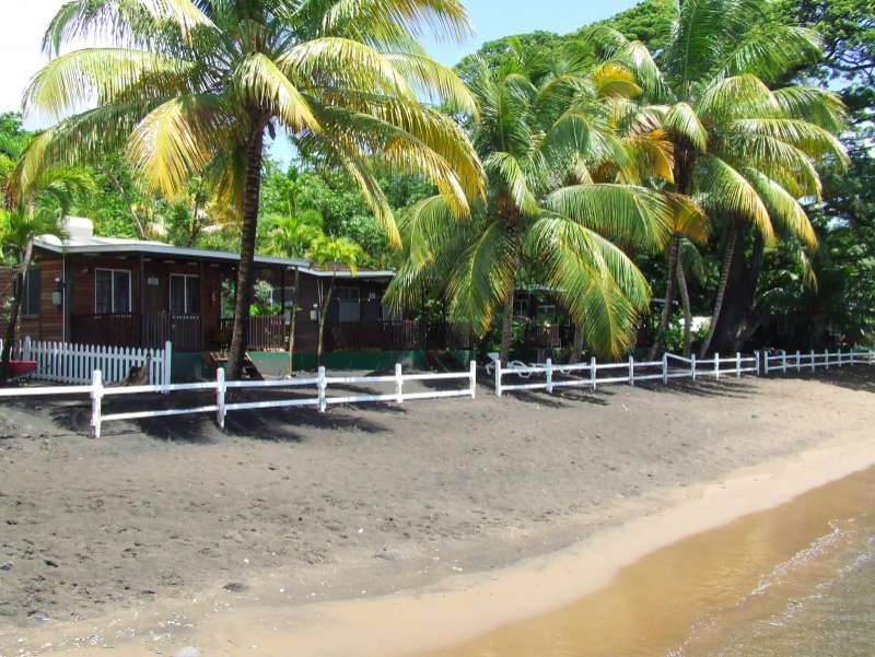 Picard Beach Cottages | Strand vor der Lodge | © Wildlife Expeditions
