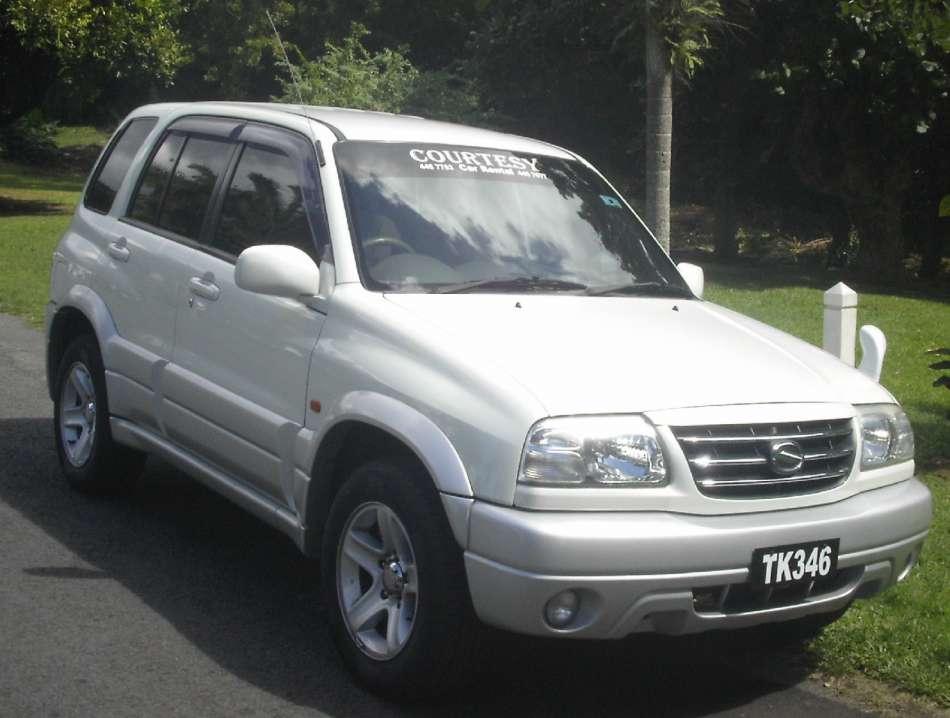 Mietwagen Dominica | Suzuki Grand Vitara | © Courtesy Rental