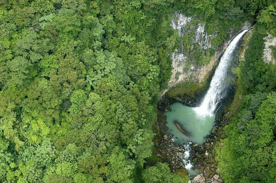 Dominica | Victoria Falls | © Dominica Tourist Board