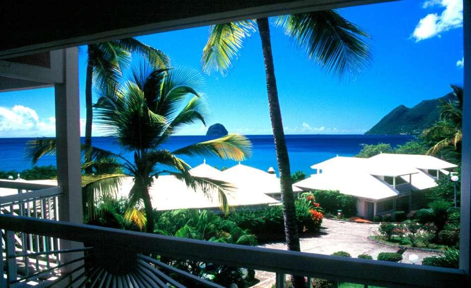 Diamant Beach Club   Blick zum Rocher du Diamant   © Karibik Inside