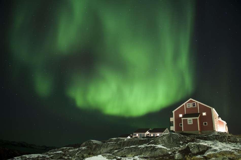 Grönland | Aurora Borealis über Nuuk | © Oceanwide Expeditions / Camilla Hylleberg