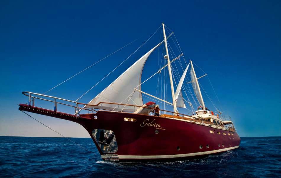"MS ""Galatea"" | Unter Segeln | © Diving-Cruises Seychelles"
