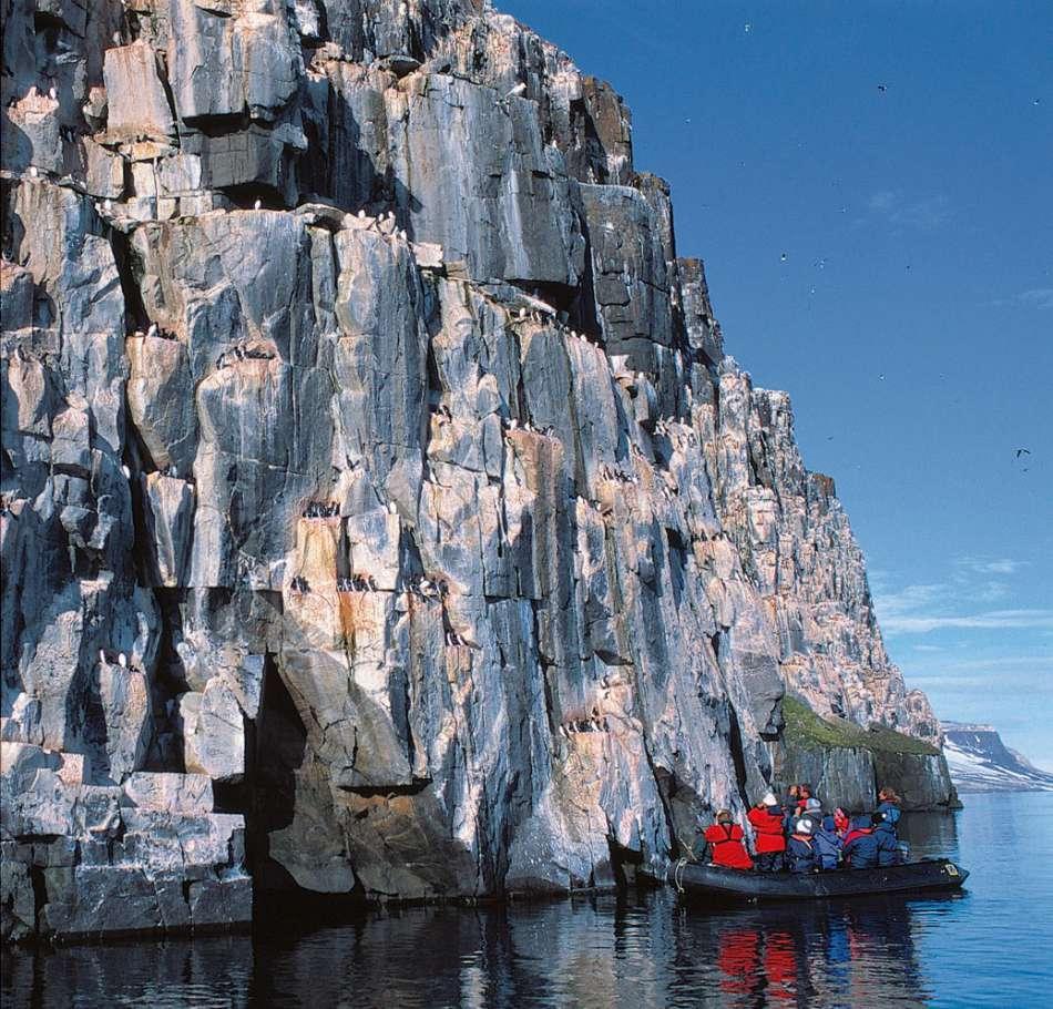 Spitsbergen | Zodiac-Tour bei Fuglesangen | © Oceanwide Expeditions / Rinie van Meurs