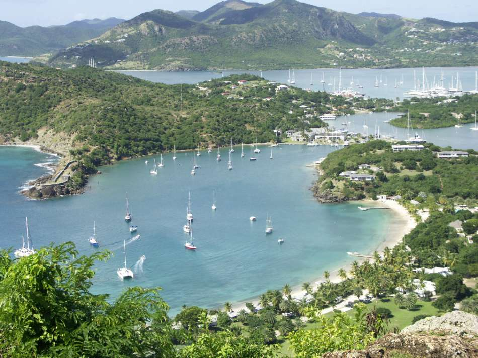 Antigua | Blick auf English Harbour von Shirley Heights | © Karibik Inside