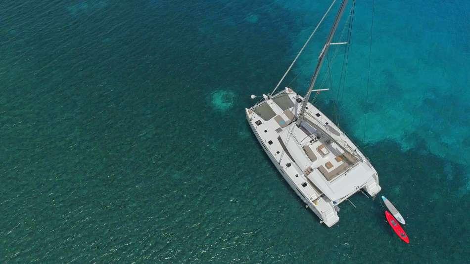 Ipanema 58 | Ankern im Riff | © Dreamyacht Charter